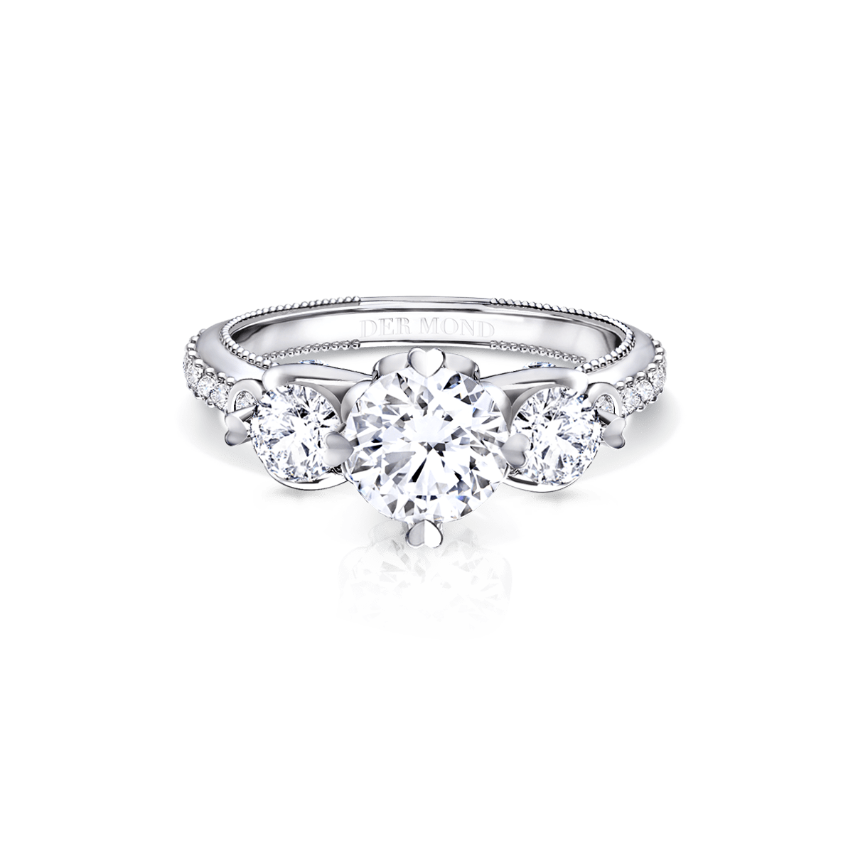 ผลการค้นหารูปภาพสำหรับ แหวนหมั้นเพชรสามเม็ดเรียง (3 Stone Ring)